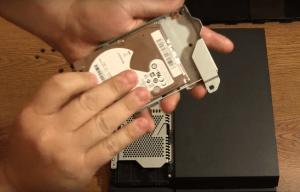 Changement disque dur PS4 - 3