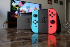 Comment jouer avec 2 switch